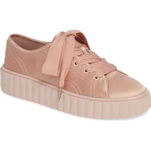 ☃️SNOW SALE☃️NIB TORY BURCH cotton/silk sneakers